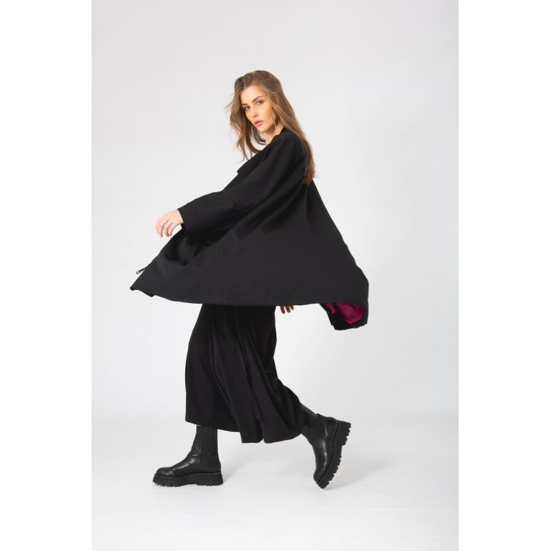 Colored Lining Oversized Zipped Cardigan In Black